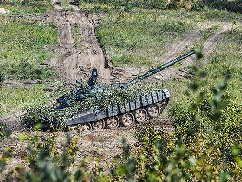 На границе с Белоруссией с обеих сторон анонсированы военные приготовления