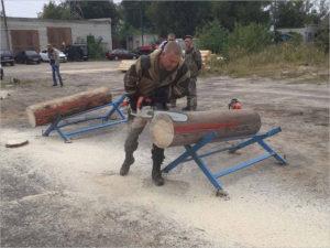 Брянские лесорубы провели первую тренировку перед домашним открытым чемпионатом
