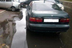 В Брянске в тройном ДТП на улице Пушкина пострадала молодая женщина