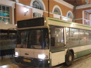 Для пассажиров последнего московского поезда на выходных организован подвозочный рейс с Брянска-I в Бежицу