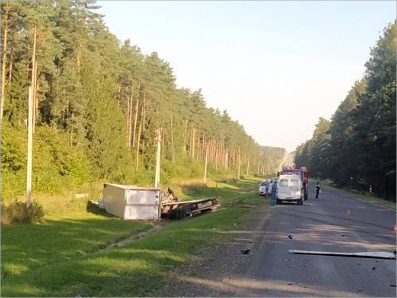 Смертельное ДТП у поворота на Жуковку: подробности о состоянии водителей