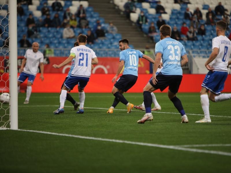 «Чувствуем себя немного «Барселоной»: огонь в твиттере брянского «Динамо» после 0:7 от «Крыльев»