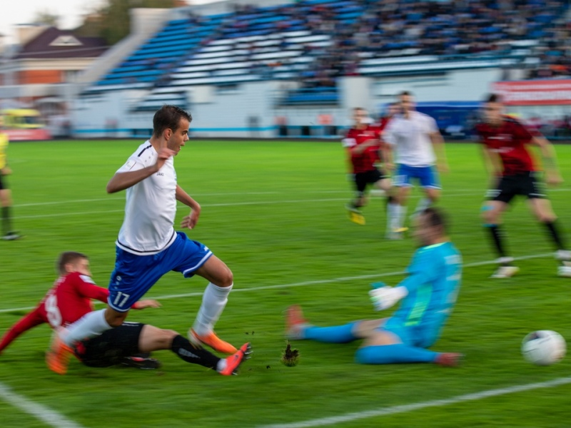 Матч в Брянске стал вторым по числу зрителей в 10-м туре первенства ФНЛ