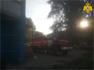 В Брянске загорелся товар в продуктовом магазине