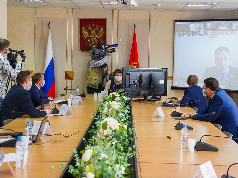 Бюджет Брянска в режиме онлайн увеличен на 200 млн. рублей