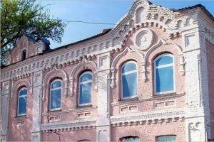 Брянские власти «слили» имя спонсора реконструкции исторического здания канатной фабрики