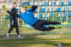 Вратарь брянского «Динамо» Алексей Кузнецов перейдёт в «Уфу»