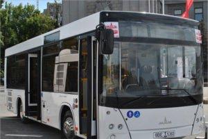 В Брянске женщина попала в больницу после падения в автобусе