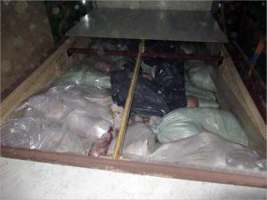 Брянские таможенники «превратили» ламинированную ДСП в шесть тонн контрабандного мяса