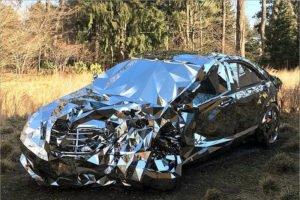Mercedes S-класса оказался первым в России по разбиванию в хлам. Toyota Camry — по угонам