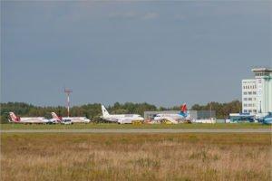 Южные рейсы из брянского аэропорта перенесены на пятницу, а крымские — прекращаются