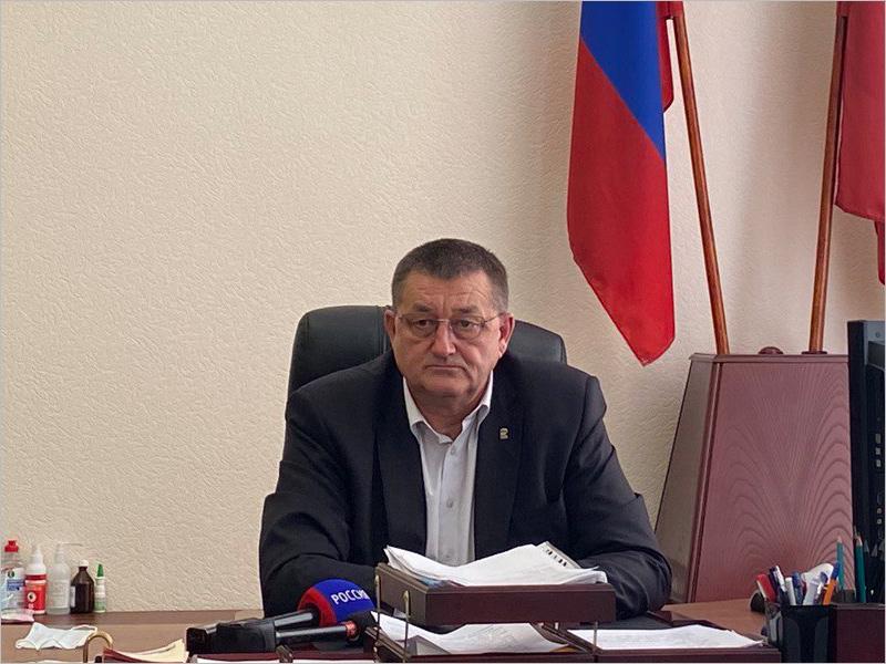 Александр Резунов вернулся на должность руководителя Мглинского района. Пока врио