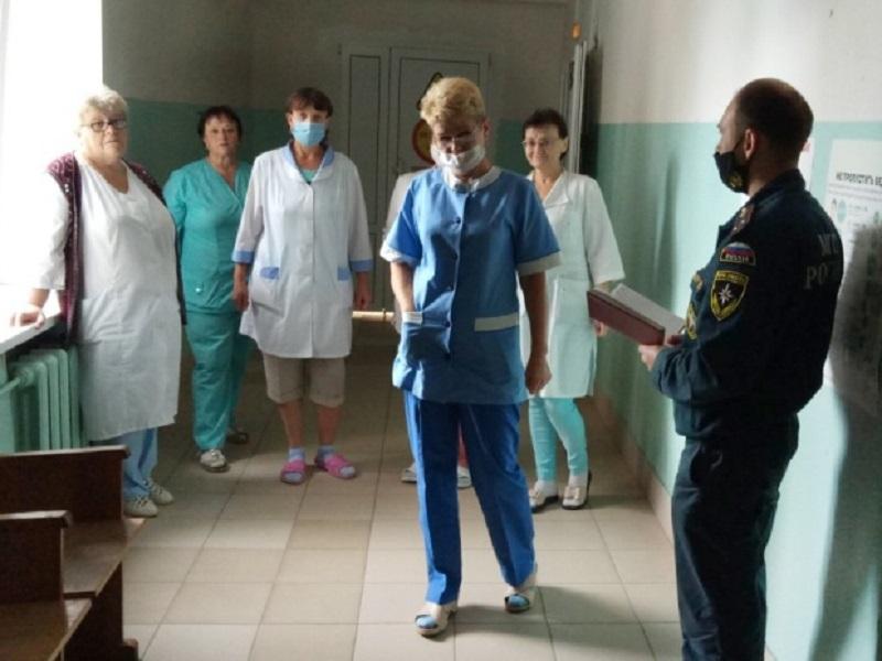 В Выгоничах в рамках учений эвакуировали центральную районную больницу