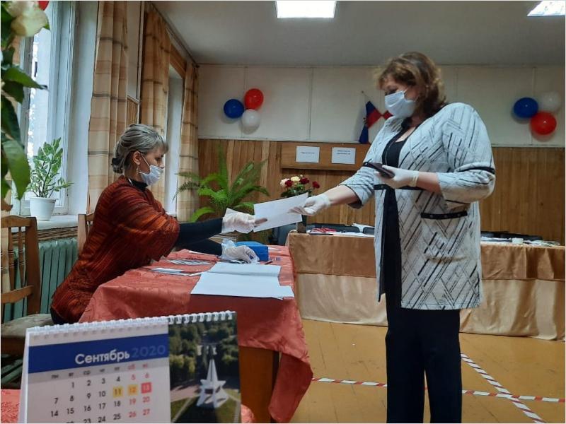 В Брянской области начался единый день голосования