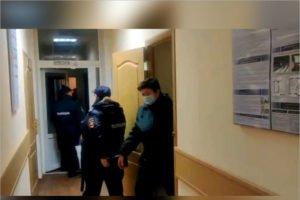 Брянский облсуд оставил в силе приговор за взятку экс-начальнице севского таможенного поста