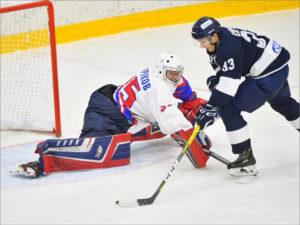 Хоккейный «Брянск» проведёт второй подряд матч в Северной столице