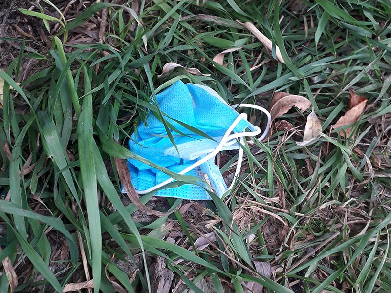 Шины и маски: самый опасный «неправильный» мусор в Брянской области