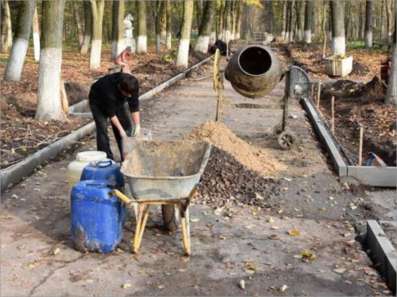 В Мглине на благоустройство парка направлено 5 млн. рублей