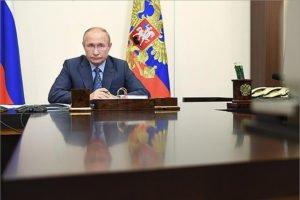 Правительство решило бесплатно обеспечивать лекарствами амбулаторных пациентов с коронавирусом – Путин