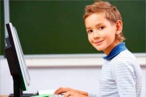 В Брянске втрое выросли расходы родителей на специальный софт для школьников