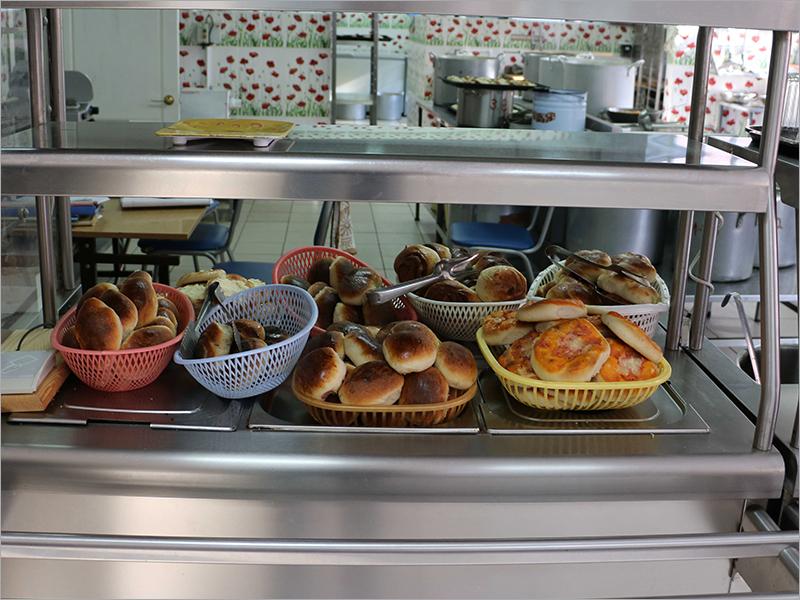 Брянские школьники и их родители довольны качеством горячего школьного питания – «ЕР»