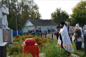 В суражском селе Овчинец перезахоронили останки советских солдат, павших в боях у села