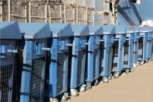 Брянские мусорщики призывают не выбрасывать медотходы в общий контейнер. Во избежание ответственности