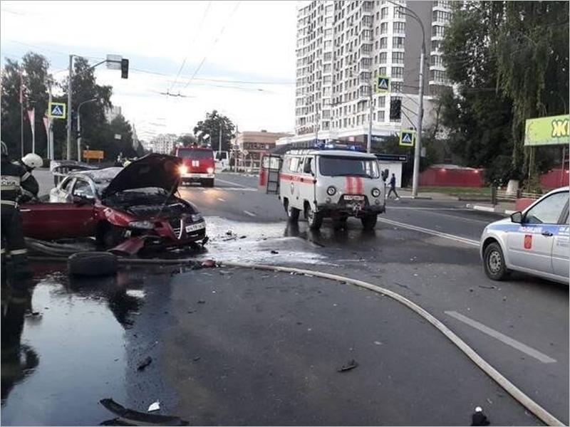 В Брянске передано в суд уголовное дело об «огненном» ДТП на кургане Бессмертия. На скамье подсудимых — оба водителя