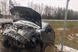 Водитель легковушки покалечился в ДТП в Выгоничском районе