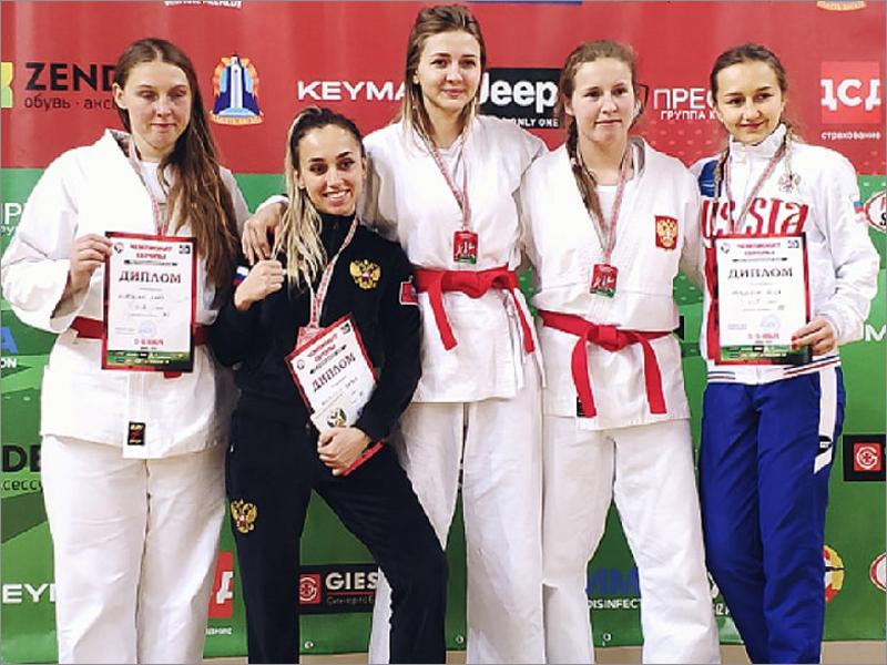 Брянская рукопашница завоевала звание чемпионки Европы