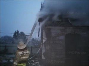 В клетнянской деревне сгорел двухэтажный дом