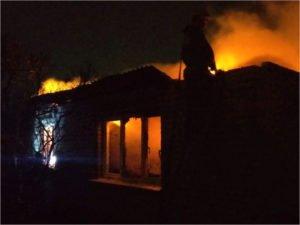 В брянском посёлке Чайковичи сгорел садовый дом. Погибла женщина