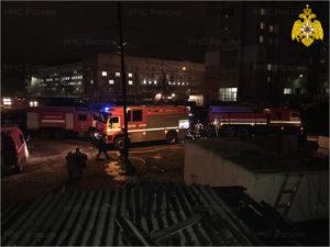 В Брянске на Новостройке горело частное подворье. Пострадавших нет