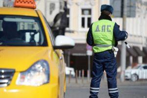 В Брянске за двое суток нашли девять таксистов-нелегалов