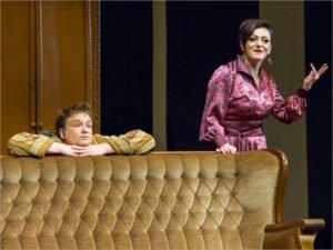 Кишинёвский театр два дня показывает в Брянске «Идущих по небу»