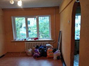 Пострадавшей от пожара и спятившего соседа новозыбковской семье Петяевых благотворитель подарил квартиру