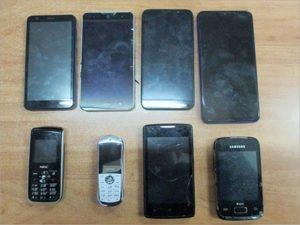 Восемь телефонов не долетели через забор брянской колонии ИК-2