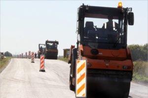 В Брянской области отремонтируют 70 км межпоселковых дорог