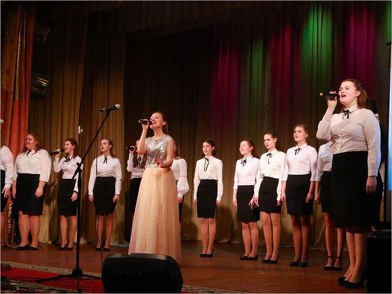 Традиционный фестиваль «Живи и пой» в Брянске пройдет в онлайн-формате