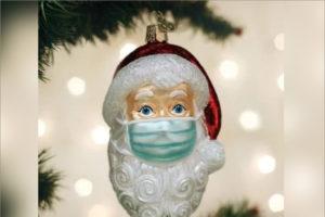 В топе новогодних украшений — Деды Морозы в медицинских масках