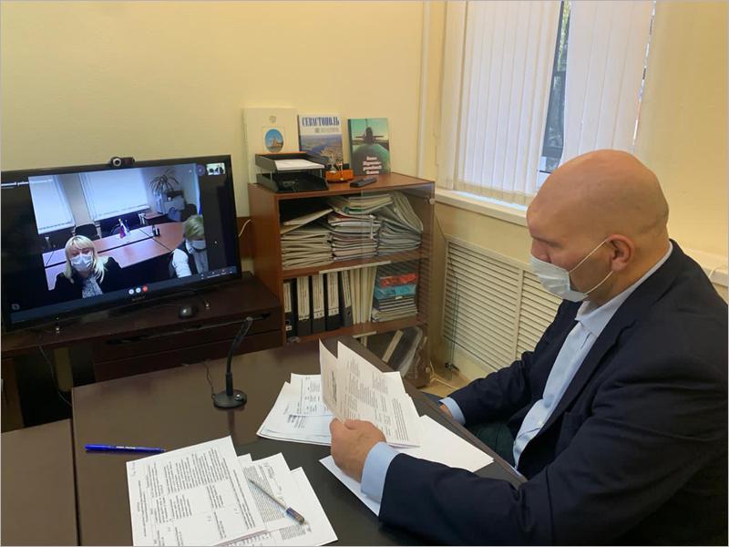 Депутат Госдумы Николай Валуев провёл онлайн-приём граждан в Брянске