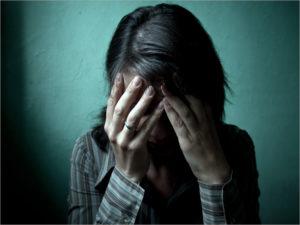 В Погаре мужчина чуть не довел бывшую жену до самоубийства.