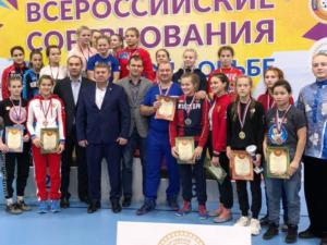 Брянские юниорки привезли четыре медали с первенства России по борьбе