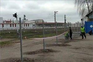 Конец вольницы на железной дороге в Брянске: вдоль станции Орджоникидзеград установлен забор