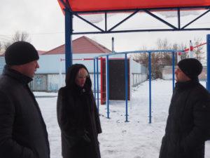 Спортплощадка у школы №42 в Брянске оправлена на весеннюю «пересдачу»