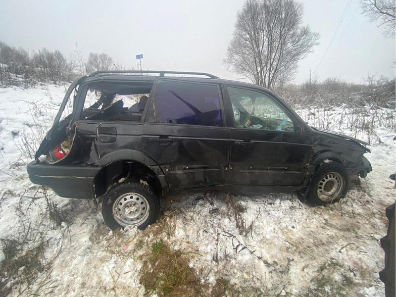 Женщина-водитель покалечилась на иномарке под Севском