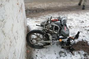 Под Новозыбковом Брянской области 18-летний мотоциклист погиб, врезавшись в остановку