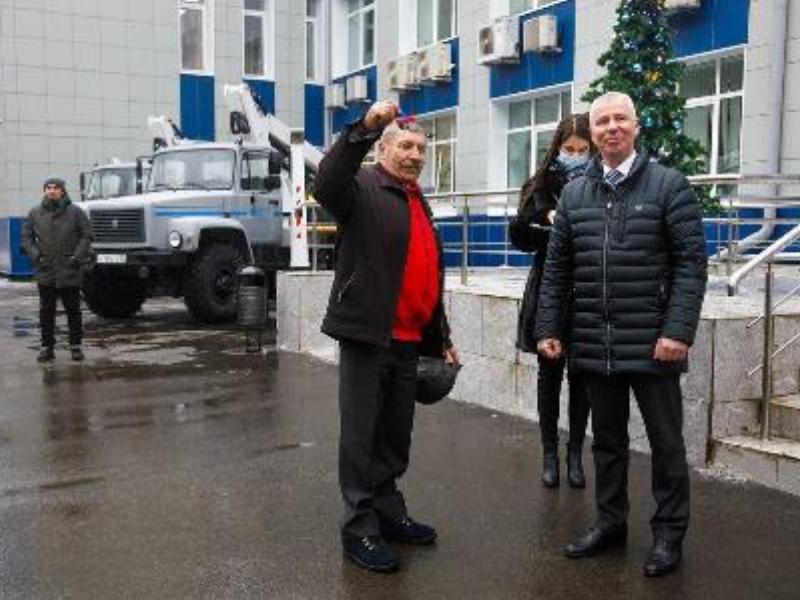 В канун Нового года автопарк «Брянскэнерго» пополнился спецтехникой