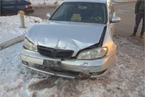 Столкновение машин на Флотской закончилось серьёзными травмами у одной из пассажирок
