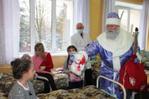 «Новогоднее чудо» организовано для трёхсот брянских детей